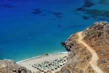 Sandy beaches of Rethymno / Sunbathing, swimming or playing by the sea, you will definitely enjoy the sandy beaches of Rethymno.