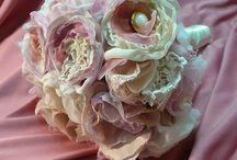 SHABBY FLOWERS, WEDDING,VINTAGE / FABRIC FLOWERS
