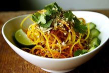 Awesome Veggie Noodle Recipes / Make recipes using your SpiraLife veggie slicer! The possibilities are endless!