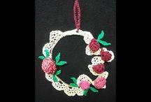 Natale - decorazioni, coccarde e ghirlande / Per decorare l'Albero di Natale, appendere alle finestre o alle porte