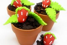 Ideas 4 Future Parties / Themed Party Ideas, Cool Decorating Tips, Goodie Bag thoughts and Yummy Themed Cakes.