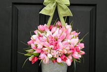 Flower arrangement ideas / by Susan Harrison
