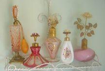 Parfüm şişeleri