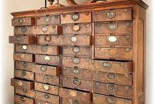 Drawer storing