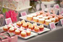 Cupcakes / by Jennifer Scott