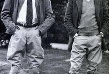 classic breeches and boots / Männer in klassischen ausgestellen Breeches und Schaft- oder Reitstiefeln