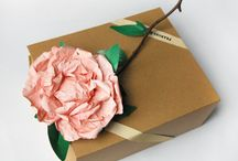 Gift Wrapping Ideas from Shelf Edge / Make gifts pretty with flowers & foliage