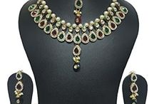 Dazzling Party Wedding Kundan Necklace Jewelry Set