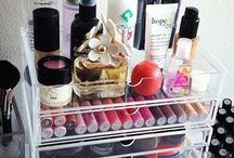 ORGANIZING  BEAUTY,HAIR,MAKEUP AND ACCESSORIES