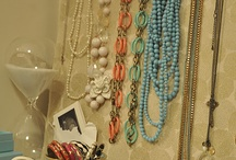 Jewelry Organization and Storage / Creative ways to organize and storage all your jewelry!