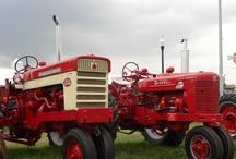 Red tractors love