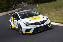 OPEL ASTRA TCR / Opel Astra TCR Racing Version, has the look quite interesting and aggressive armed with a big wing on the back.