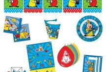 Bumba de Clown Feestje / Je kunt hier alvast ideeën opdoen voor een aankomende kinderverjaardag. Bekijk hier bijvoorbeeld de leukste Bumba de Clown artikelen voor een kinderfeestje. Van gezellige versiering tot tafelgerei en meer. Wil je al Bumba spullen bestellen? Ga dan naar onderstaande pagina.   https://www.feestwinkel.nl/verjaardag-leeftijden/kinderfeestjes/peuters-kleine-kinderen/bumba/