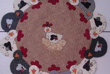 Galo e Galinha / moldes e dicas de artesanato com tema Galinha e Galo, de tecido, feltro, e.v.a e outros materiais