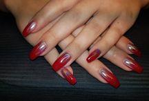 nails make by Leona