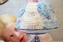 VINTAGE CAKE INSPIRATION / Vintage Cake Inspiration / by Cakegirls