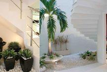 jardim em baixo escada