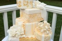Wedding Cakes II / More lovely wedding cakes. / by Sandra Adekanye