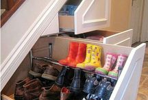 Houses / Awesome nooks and crannies for quirky things in a house