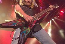 Rock Stars I Love / by Dawn Betler
