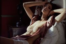Boudoir Poses - Bed / by Life After Dark Photography