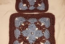 Granny Square Free Patterns   Crochet / Granny Square, Free Patterns, Crochet, Crochet Free Patterns, Granny Square Pattern, Easy, DIY, Crafts, Handmade, Tutorial, Pattern, Tips, Projects, Ideas, Yarn, Crochet, Hexagon, Triangle, Solid, Simple, How to Crochet, Afghan, Chart.