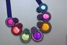 collar soutache colores circulos
