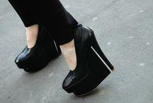 shoe envy / by Josephine Lau