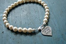 Etsy my World / all things beautiful found on Etsy, Gift Ideas