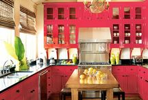 Red Decor / Rooms with a lot or little red decor and paint