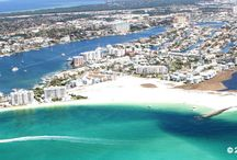 Destin Florida  / Many consider Destin Florida as having the best beaches in Florida. Emerald-green waters along miles of sugar white sand.