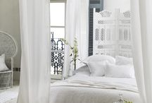 White Bedrooms / Serene and chic, a pure white bedroom is always in style. / by Tempur - Pedic