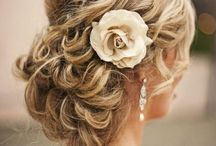 Hairstyle idea for bridesmaids