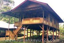 Rumah Kayu Woloan - Large / Rumah Kayu - Large  3 Kamar Tidur, 1 Ruang Tamu, 1 Ruang Makan Teras, Tangga depan dan belakang, WC/Kamar Mandi disesuaikan dengan desain pembeli.  www.rumahkayu123.com
