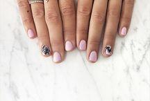 Nailss / Hoi
