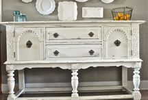 painted hutch ideas / by Lisa Hurtubise