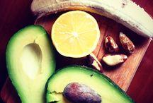 Foodporn / Bannana,karob,avocado,lime