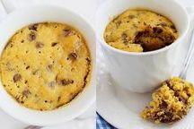 Galletas y pasteles en taza