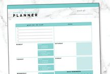 Printables to organise your business and life / My favourite printables that help me stay organised and productive.