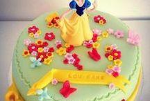Gâteaux d'anniversaire.