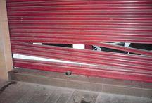 Siniestros en Valencia / Cerrajeros Valencia, apertura de puertas, cambio de cerraduras, bombillos, cierres. Cerrajero urgente 24 horas. Persianas, motores, puertas seccionales, correderas, enrollables, batientes, preleva. Rápido y Barato. www.valenciacerrajeros.es