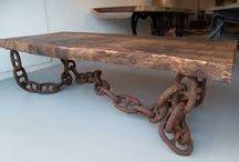 mesa rústica madera y cadenas
