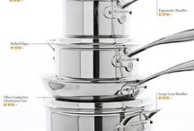 Stainless Steel Cookware Set / With everything from omelet pans to a stockpot, you're sure to have just what you need for nearly any meal with this Calphalon Classic stainless steel cookware
