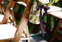 Mason Jars at a Wedding / How to use Mason Jars at a wedding
