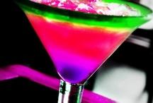 Drinks / by Danielle Bisinger