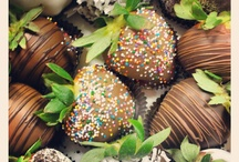 Chocolate Dipped Fruits / Whether you're looking to add some romance to the everyday, or indulge in timeless classic chocolate confections, our chocolate covered strawberries and chocolate covered orange peels are just the treat!