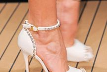 Paixão por Sapatos e Bolsas.