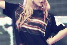 2NE1 ~ Bom 박봄
