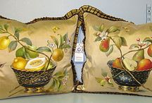 PILLOWS and THROWS / DIRECT LINKS to company websites - Pillows - Throws - Fabric Accessories