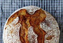 Bread Love / Exploring my love of bread-baking and all things yeast.